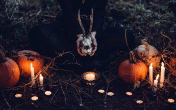 13 semne care arată că eşti vrăjitoare