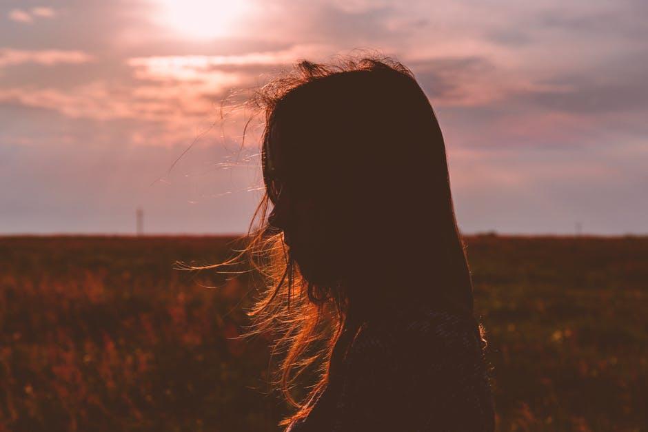10 tipuri de femei care vor rămâne singure toată viaţa