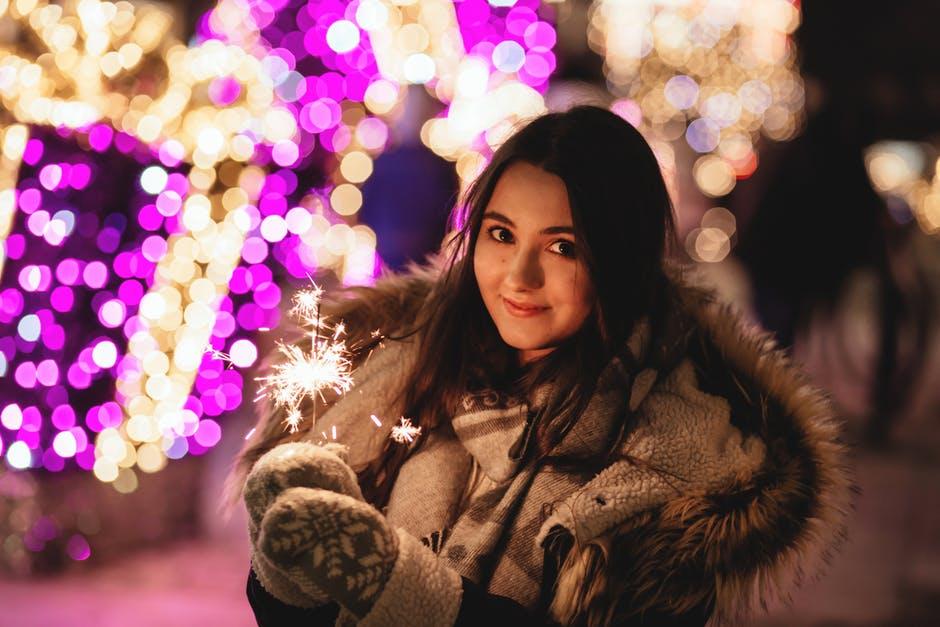 Ce trebuie să faci în seara de Revelion pentru a fi fericită și iubită întreg anul