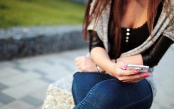 17 mesaje pe care să le transmiți iubitului pentru a-l face să se gândească la tine