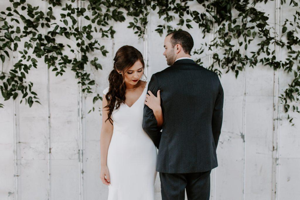 Foști burlaci înrăiți au mărturisit ce i-a convins să se căsătorească