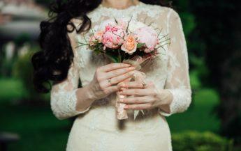 De ce trebuie să te căsătoreşti atunci când nu eşti îndrăgostită