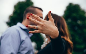 De ce fostul tău și-a găsit o altă iubită, la scurt timp după ce v-ați despărțit