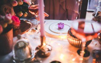 Află care este semnificația mărturiilor dăruite la nuntă sau la botez