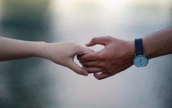 3 factori care distrug încrederea în orice tip de relație