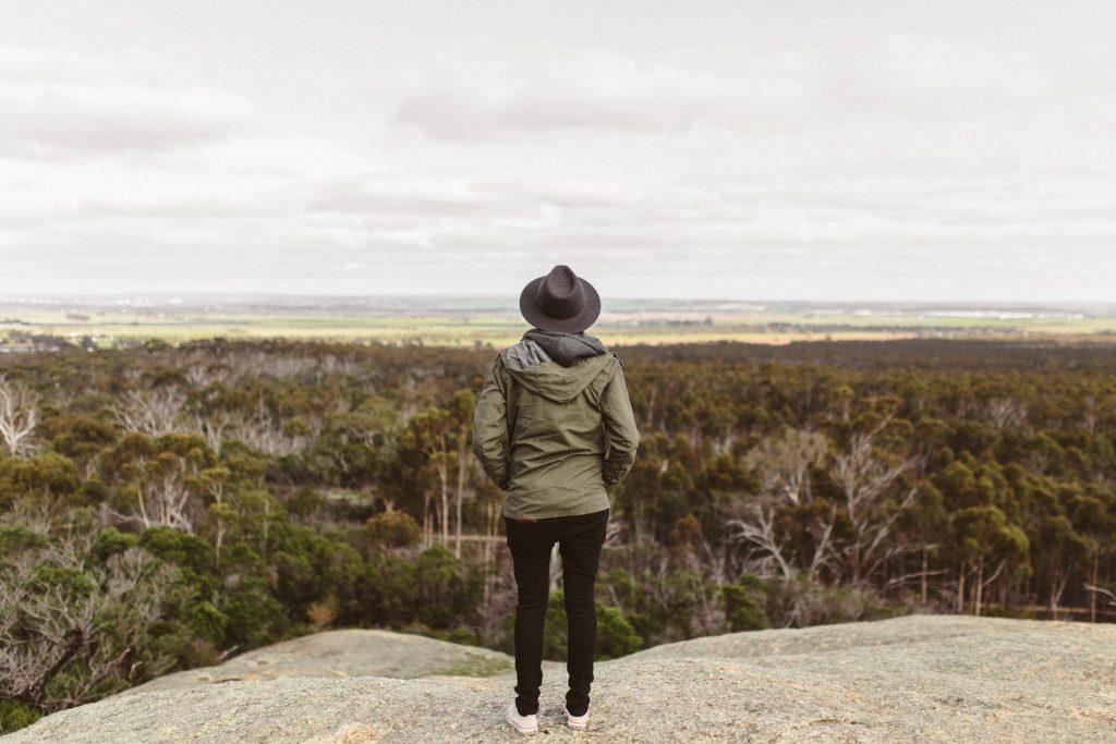 9 expresii rostite de femeile cu stima de sine scăzută