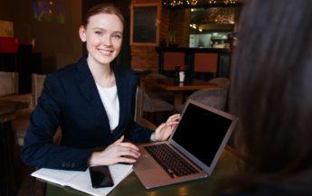 5 semne ale unei femeie de succes