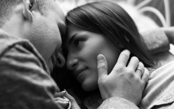 """Alege momentul potrivit pentru a spune """"Te iubesc"""""""